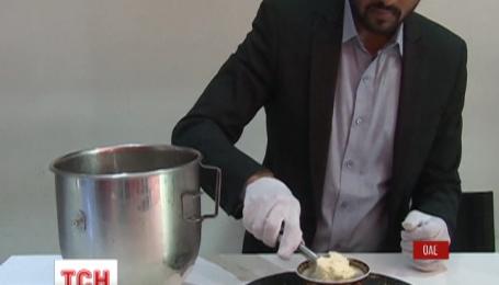 У кав'ярні готелю в Дубаї пропонують морозиво вартістю 817 доларів