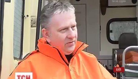 Хорватский волонтер подарил украинскому госпиталю реанимобиль