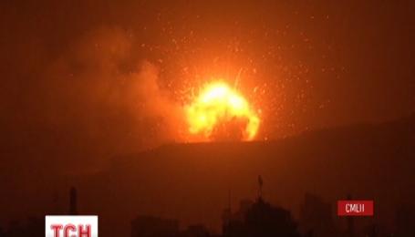 Минимум 45 человек погибли в лагере беженцев в Йемене