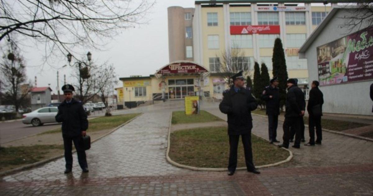 Усилия правоохранителей направлены на установление лица, сообщившего о заминировании @ Волинські новини