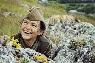 Поліна Гагаріна потужно переспівала хіт Цоя для фільму про українську снайперку