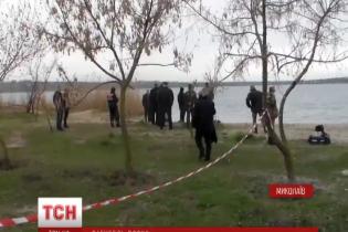 Знайдений у Миколаєві потопельник може бути офіцером, який загадково зник після роботи