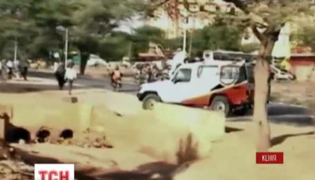 Два человека погибли в результате нападения неизвестных на университет в Кении