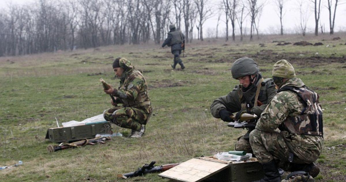 Отвод 82-мм минометов на Луганщине и раненные от подрыва на фугасе военные. Карта АТО