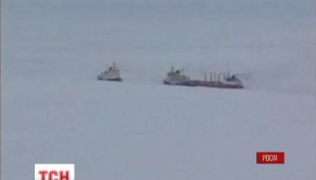 """В Охотском море затонул траулер """"Дальний Восток"""", на борту были украинцы"""