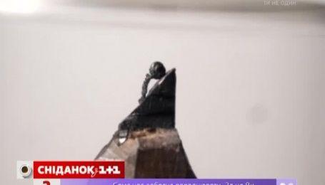 Скульптор Бенджамин Криз создает свои шедевры на кончиках карандашей