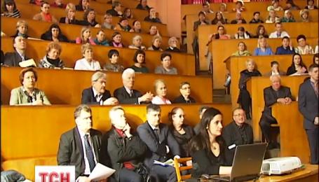Университет им. Богомольца хочет присоединить одну из старейших больниц Киева