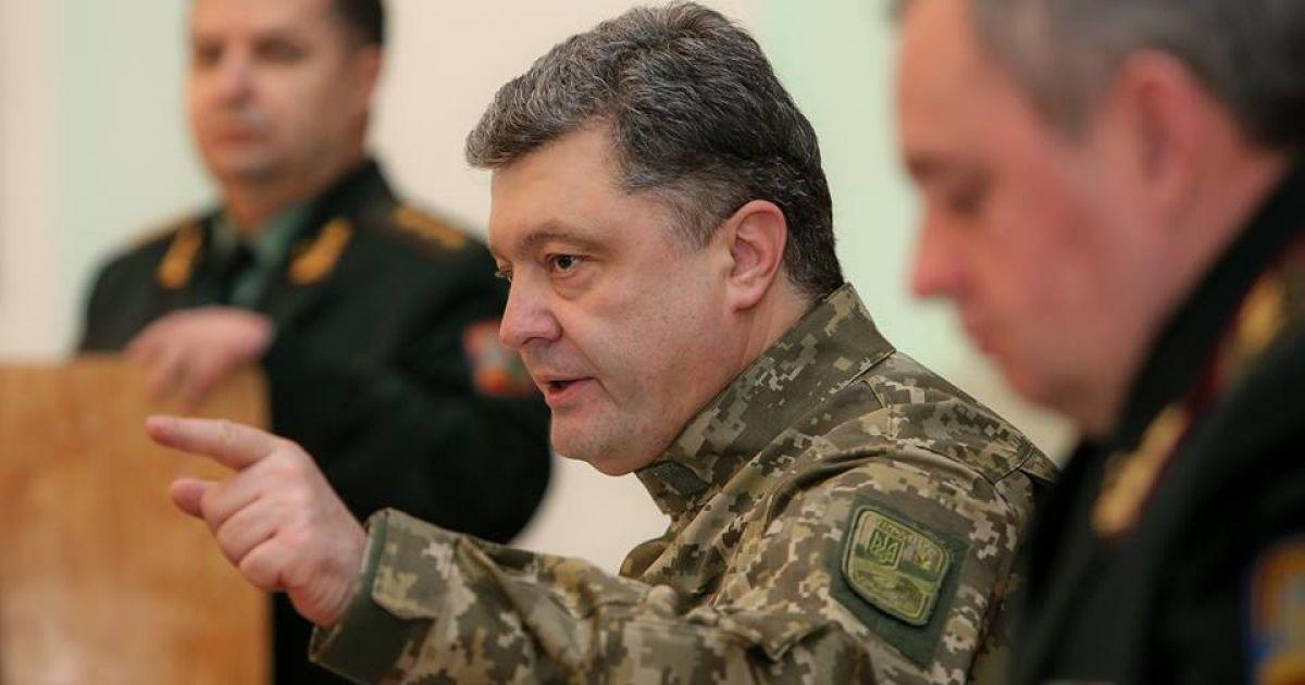 Порошенко намекнул, что санкции против России могут ужесточить