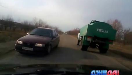 Недельная подборка самых экстремальных ситуаций на дорогах