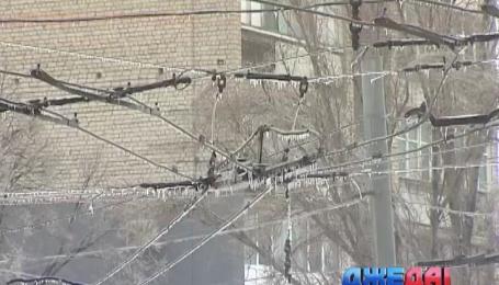 В Харькове мокрый снег и заморозки парализовали местный электротранспорт