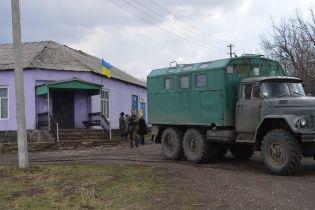 Аптеки нет, но по домам уже не стреляют: как живет освобожденная год назад Катериновка на Луганщине