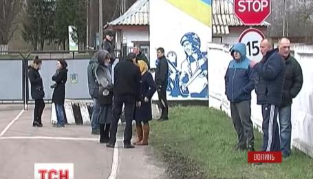 Четырех бойцов 80 бригады хоронят на Волыни