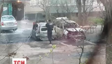 В Киеве за ночь сгорело 10 автомобилей
