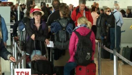 Мандрівники застряли в аеропортах Парижа через дводенний страйк працівників летовища