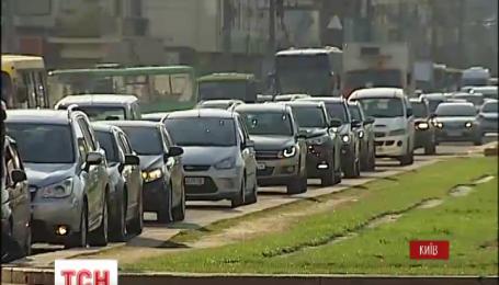 Киев страдает от пробок на дорогах