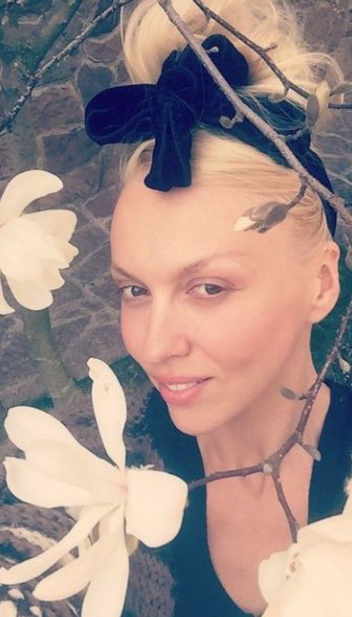Оля Полякова @ Instagram