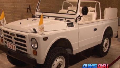 Ватикан показал авто, на котором было совершено покушение на Папу Римского