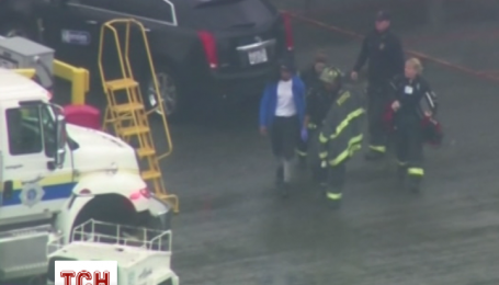 Вантажник заснув у багажному відсіку літака, і ледь не полетів до Лос-Анджелеса