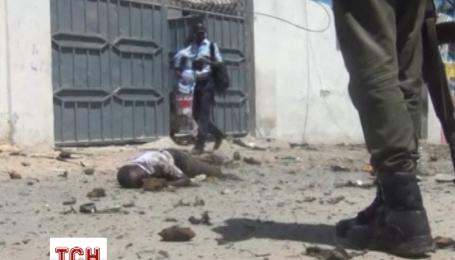Бойовики «Аль-Шаабаб» підірвали міністерства вищої освіти і нафти в Сомалі