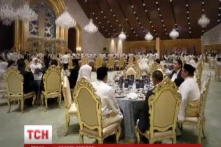 Найбагатше весілля року: син султана Брунея взяв за жінку системного аналітика