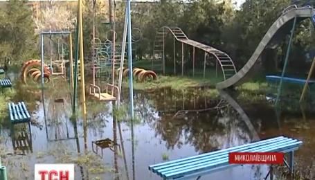 На курорте Коблево сейчас по колено воды