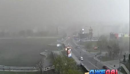Песчаная буря бушевала в Хмельницкой области на выходных