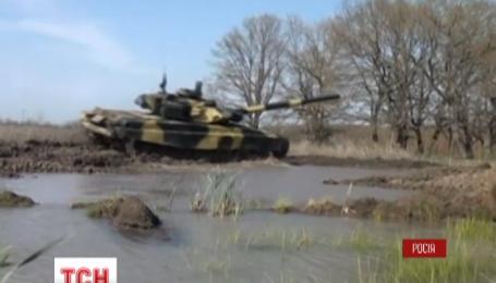 Россия начала танковые военные учения
