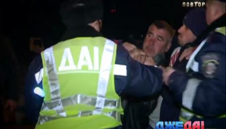 Ночная авария в Киеве закончилась мордобоем
