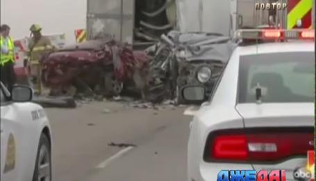 В США столкнулись сразу 17 машин