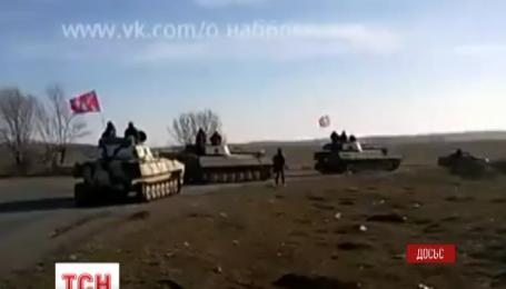 Российские войска остаются на Востоке Украины и тренируют боевиков