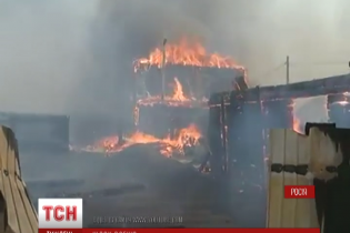 Ад огня: в России в масштабных пожарах сгорели тысячи домов