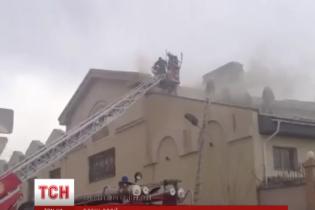 В Казахстане свыше полсотни пожарных тушили пожар в российском посольстве