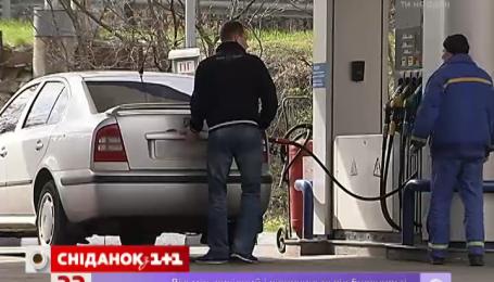 Заправка дешевым бензином приводит к поломки автомобиля