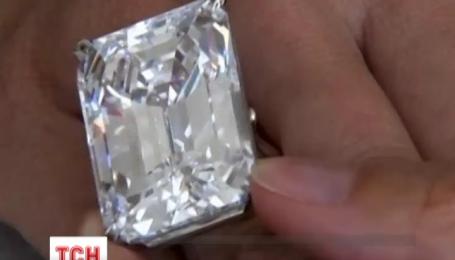 Уникальный бриллиант весом в сто карат ушел с молотка в Нью-Йорке