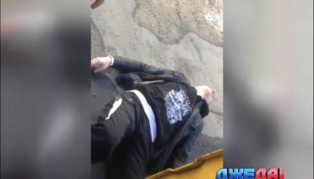 В России среди белого дня водитель избил пассажира