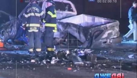 В Калифорнии женщина перепутала полосы движения, в результате чего погибли четыре человека