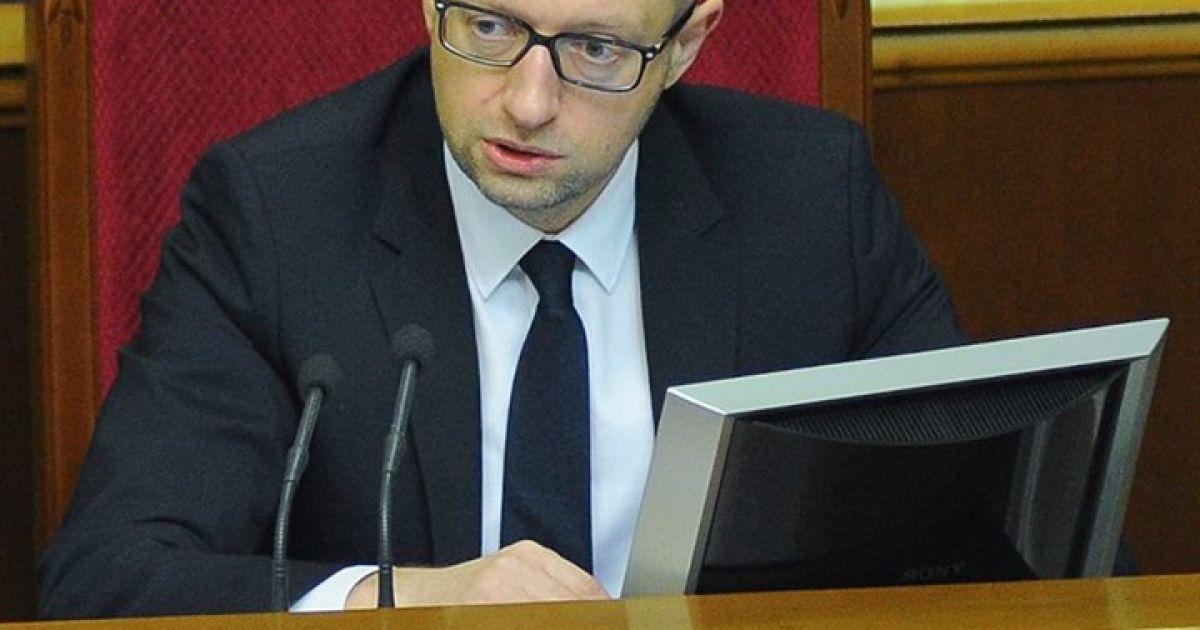 Яценюк обвиняет спецслужбы РФ в катастрофе МН17 и анонсирует украинское расследование