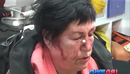 В Киеве в результате ДТП женщину зажало в авто