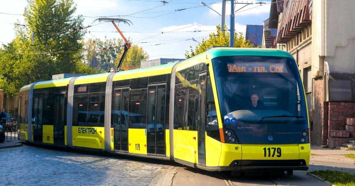 Во Львове хотят поднять стоимость проезда в электротранспорте: названа сумма