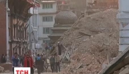 Кількість жертв у Непалі досягла 4000 осіб