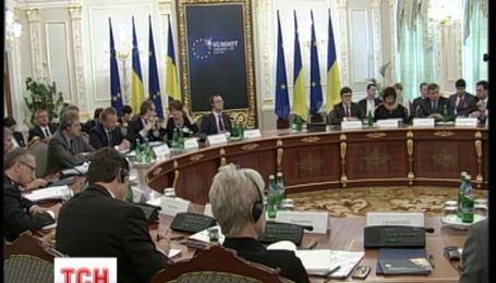 ЄС на саміті в Києві закликає Україну активніше працювати над реформами