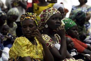 В Нигерии правительственные войска освободили из плена исламистов 200 девочек и 93 женщин
