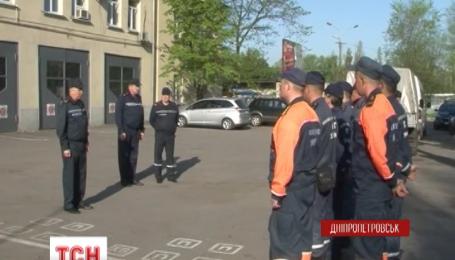 Розміновувати звільнені території на Донбасі вирушили рятувальники з Дніпропетровщини