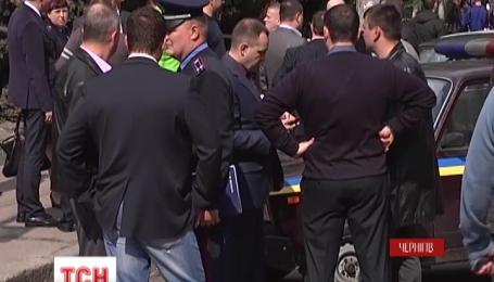 До 15 років позбавлення волі засудили киянина, який в центрі Чернігова влаштував стрілянину