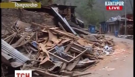 Кількість жертв землетрусу у Непалі перевищила 5 тисяч осіб