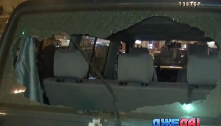 В Харькове частная охранная фирма обстреляла автомобиль с преступниками
