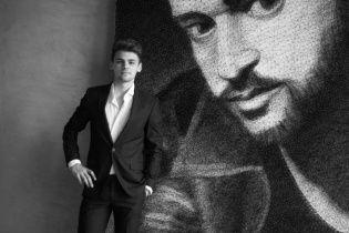 Художник з Тернопільщини підірвав Мережу величезним портретом Тімберлейка із цвяхів та ниток