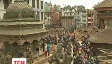 Около 100 наших земляков все еще ждут эвакуации из Непала