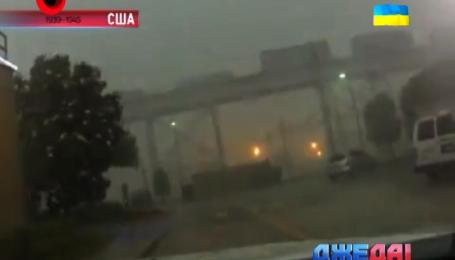 Ураган в США снес поезд с рельсов. Подборка аварий