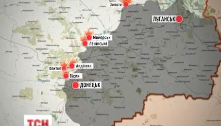 Из штаба АТО сообщают, что боевики ведут огонь по всей линии разграничения